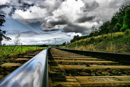 1412668-1-railway-tracks